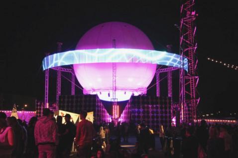 Flow Festival Helsinki 2015 Niederwipper Gelände Überblick Nacht 3