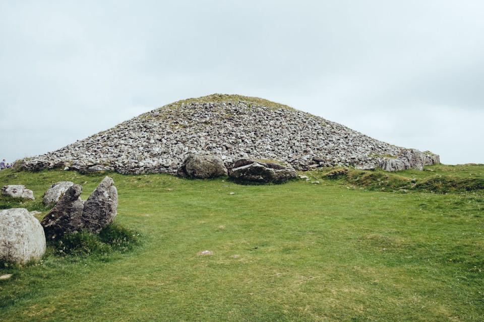 Smaracuja Ireland's Ancient East Irland Loughcrew Cairns