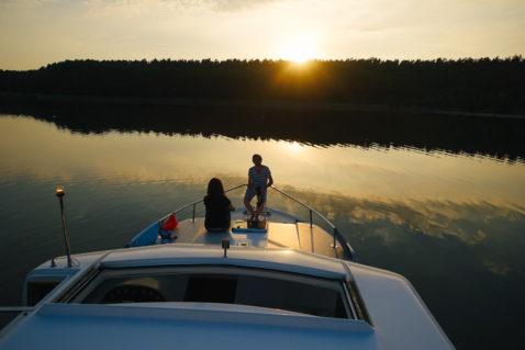 Hausboot Mecklenburgische Seenplatte Sonnenuntergang
