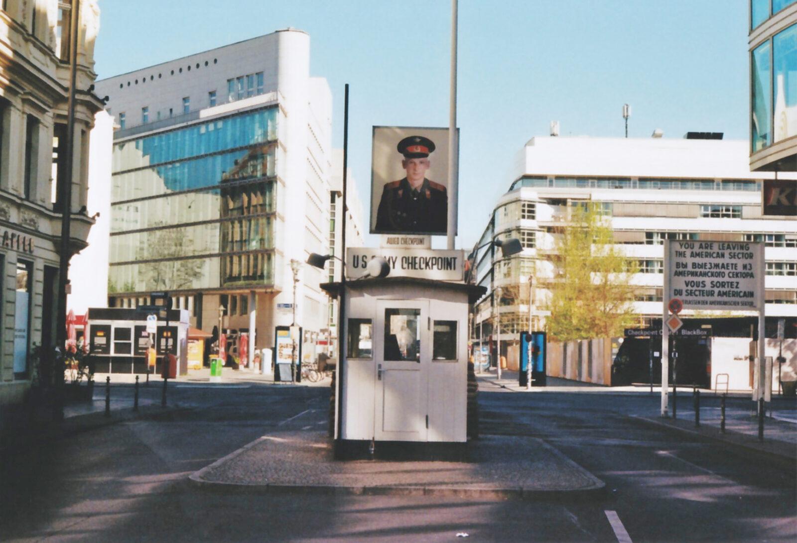 Corona Checkpoint Charlie Berlin